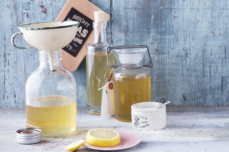 Домашен сок од бозел – лечи дури 8 болести, а се прави лесно и на сите им се допаѓа