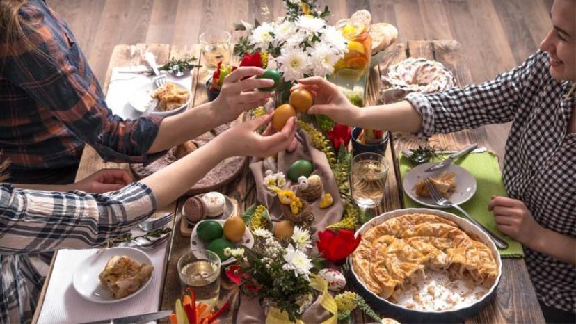 Десет работи кои треба да се најдат на вашата трпеза за велигденскиот ручек