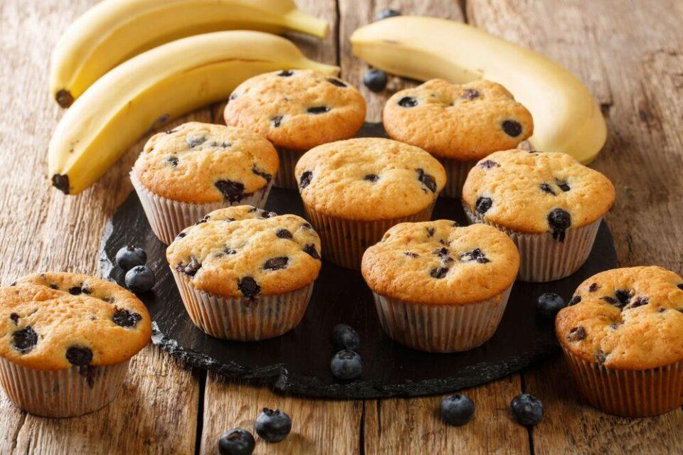 Мафини од банана без шеќер и брашно: Слатко задоволство со малку калории!