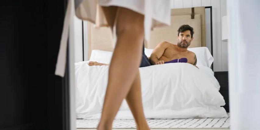 Побарајте од него да ја примени техниката осмица на вас и гарантирано ќе имате врвен оргазам