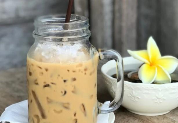 Рецепт за совршено студено кафе: Ќе ви стане омилено по првата голтка