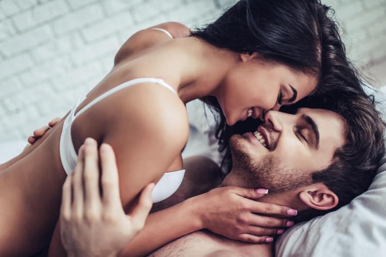 Женски агол: Што ја уништува секси атмосферата?