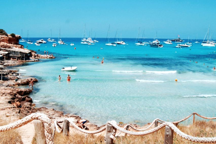Топ 10 плажи во светот по избор на Инстаграм