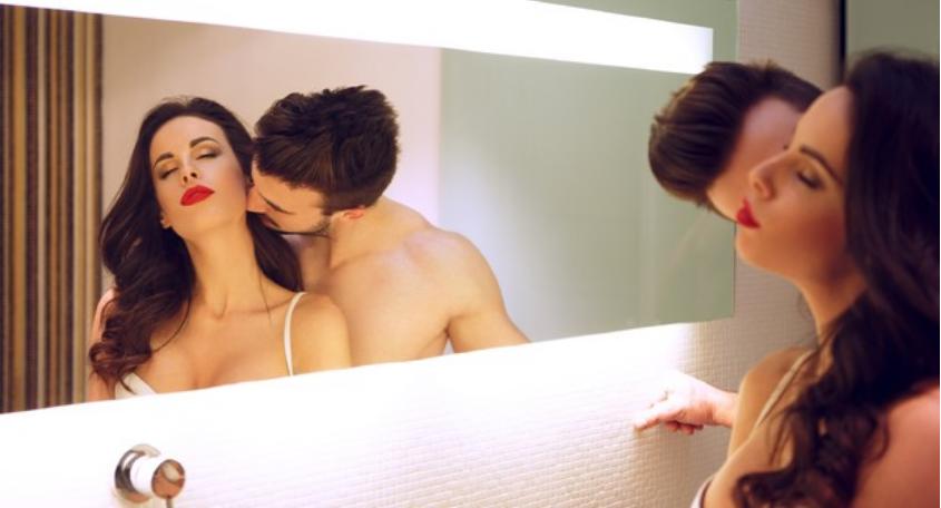 Добриот бакнеж е поинтимен од самиот секс: Открива многу за вас и вашиот партнер