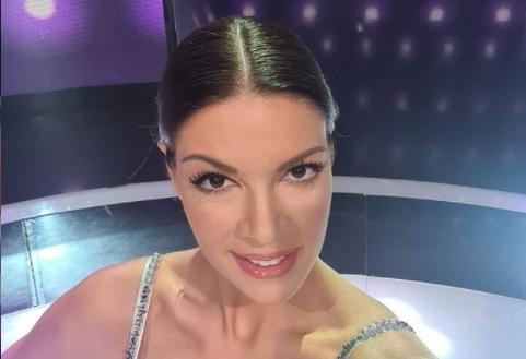 """Сексапилната водителка на """"Ѕвездите на Гранд"""" пред да се појави на ТВ, се појавувала на филм: Малкумина знаат дека Сања Кужет била глумица?! (ФОТО)"""