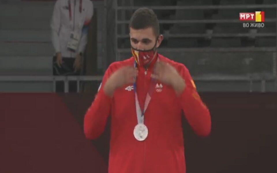 Дејан Георгиевски освои сребрен олимписки медал за Македонија во таеквондо