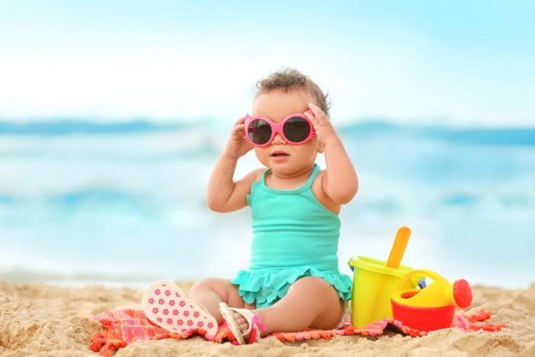 Како да ја заштитите кожата на бебето во летниот период?
