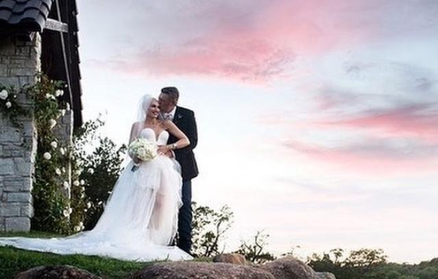 Гвен Стефани ги сподели првите фотографии од свадбата со шест години помладото момче
