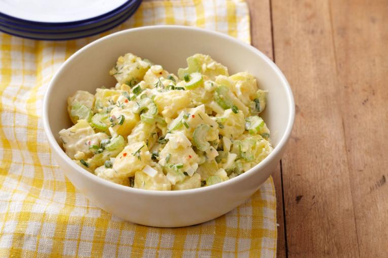 Летна крем салата со компири