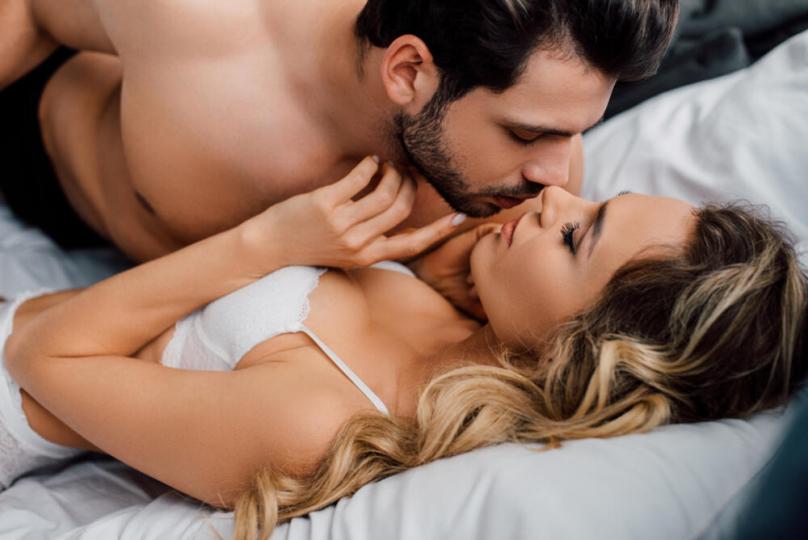 Пет совети за првото сексуално искуство во животот