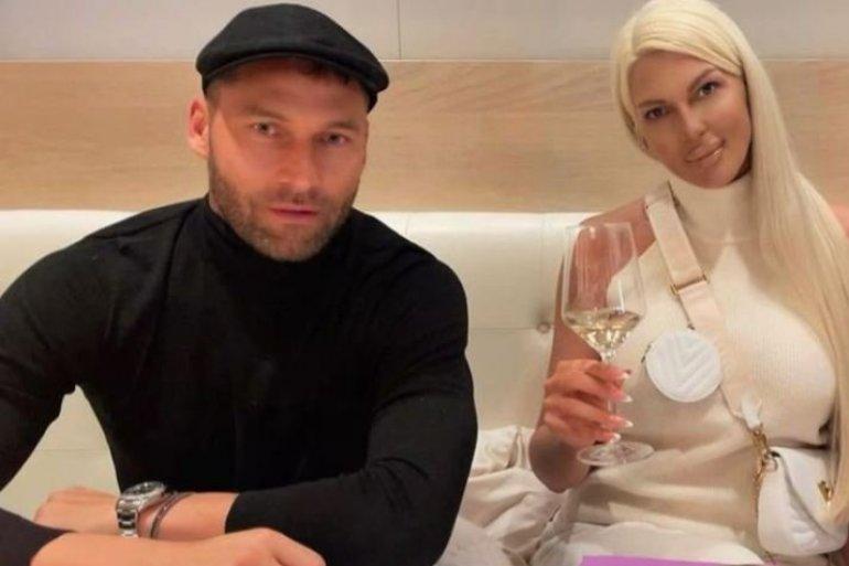 Речиси никогаш не се појавува во јавност: Ова е мајката на Душко Тошиќ, а еве каков е нејзиниот однос со Карлеуша