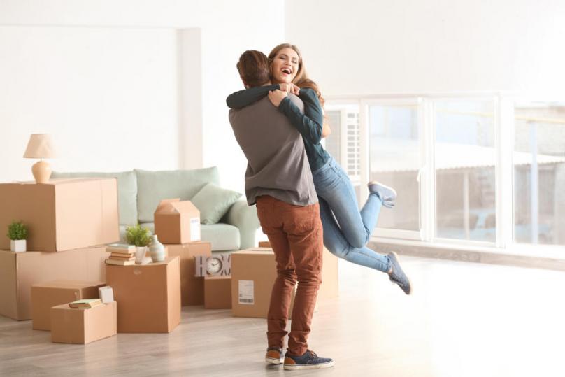 Зошто треба да живеете заедно пред да стапите во брак?