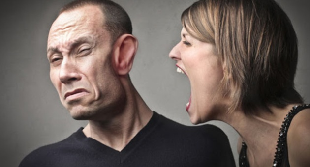 Пет знаци дека мажите се плашат од вас