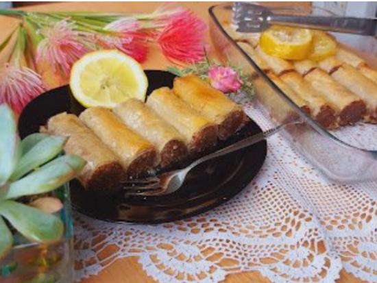 Баклава со плазма, ореви и бело чоколадо натопена во сочен сируп (РЕЦЕПТ)