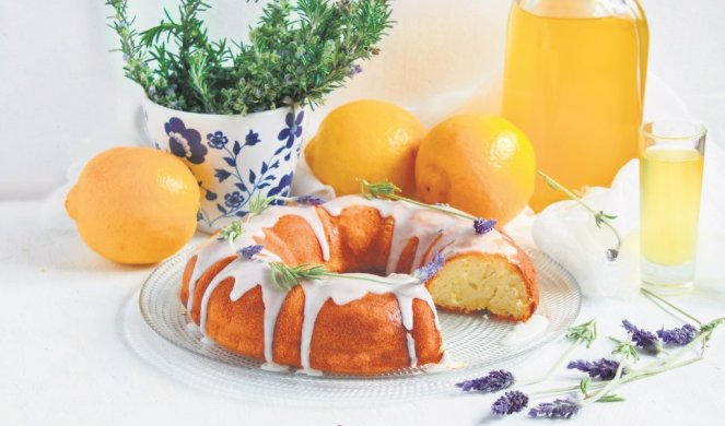 Колач со лаванда и лимон – летна посластица која мора да ја пробате!