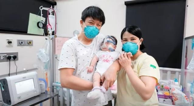 ВИДЕО+ФОТО: Преживеа најмалото бебе на светот: По 13 месеци пуштено од болница