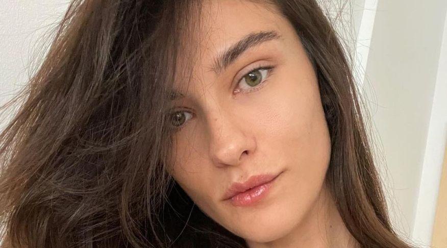 """Катарина Ивановска објави фотографија од болница кога за прв пат ја здогледа ќерката: """"Оваа мала херојка пред две години ми го освои срцето засекогаш"""""""