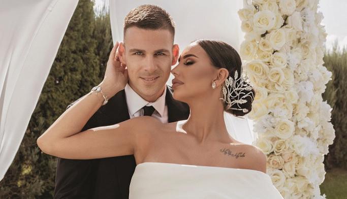 Први фотографии: Ѕирнете на романтичната свадба на Катарина Грујиќ и Марко (фото + видео)
