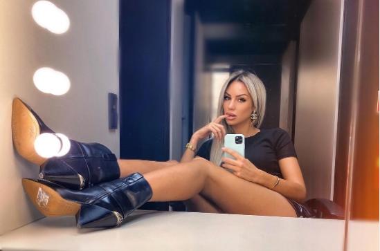 """Ива Гргуриќ повеќе не е водителка на српската """"Ред ТВ"""": Старлетата доби """"шут карта"""" зашто не понуди колку што од неа се очекуваше, или не доби колку што бараше? (ФОТО)"""
