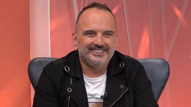 Се ожени Тони Цетински: По седум години граѓански брак, хрватскиот пејач ја одведе сопругата Дубравка пред олтар