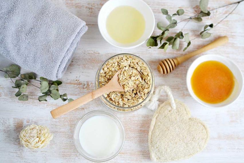 Длабински хидрира и ја спречува појавата на брчки: Домашна маска за лице од само 3 состојки